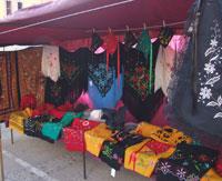 Venta de trajes regionales en Extremadura